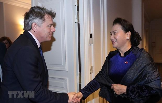La presidente de l'AN Nguyen Thi Kim Ngan rencontre le secretaire national du PCF hinh anh 1