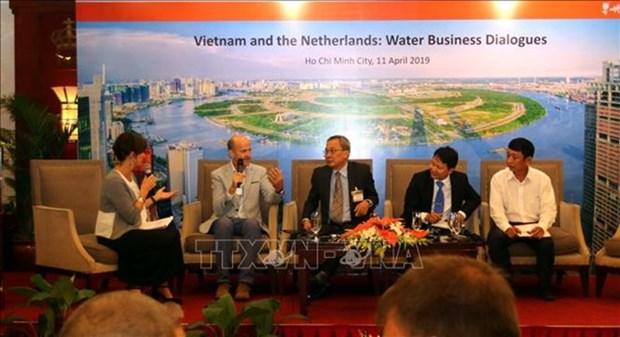 Le Vietnam et les Pays-Bas cooperent dans la gestion de l'eau dans le delta du Mekong hinh anh 1