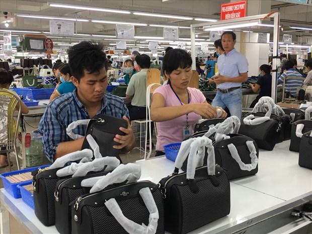 De nombreuses entreprises etrangeres se delocalisent vers le Vietnam hinh anh 2