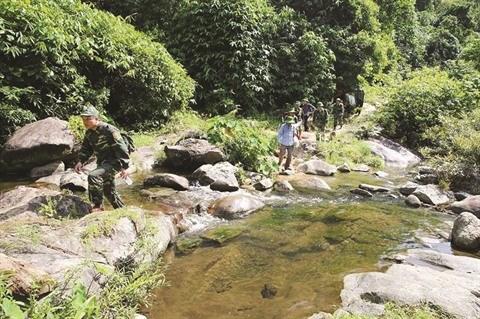 Ha Tinh : La cascade Vu Mon, un joyau de la nature hinh anh 2