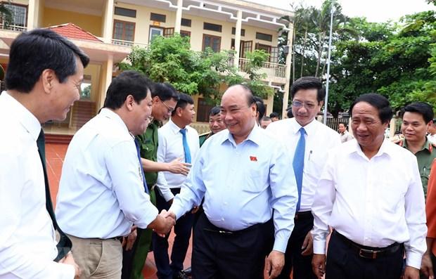 Le PM Nguyen Xuan Phuc a l'ecoute des electeurs de la ville de Hai Phong hinh anh 1