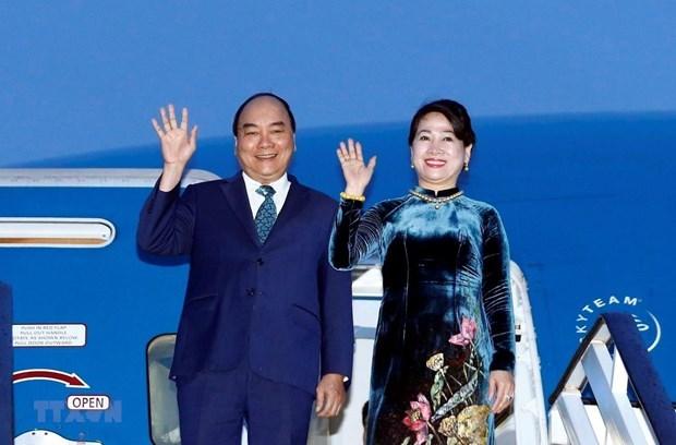 Le Premier ministre Nguyen Xuan Phuc s'envole au Japon hinh anh 1