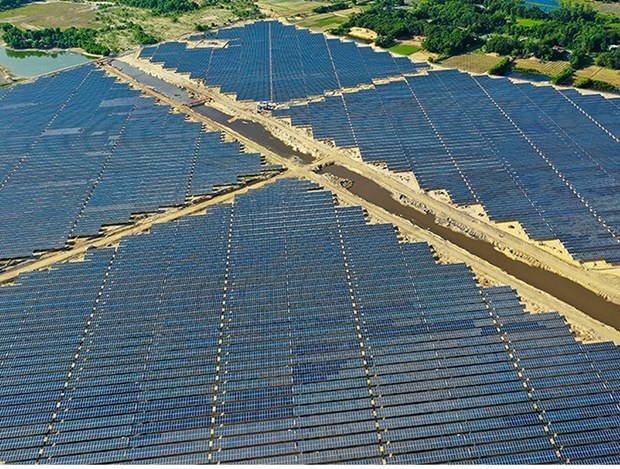 Ha Tinh: La premiere centrale solaire voit le jour hinh anh 1