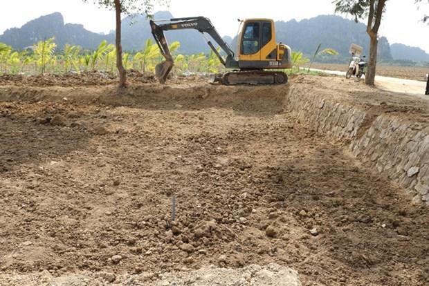 Archeologie: Hai Phong rebouche des trous de fouille pour preserver d'anciens pieux hinh anh 1