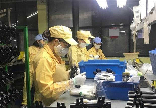 Hanoi s'interesse aux interets des travailleurs affectes par la pandemie de COVID-19 hinh anh 1
