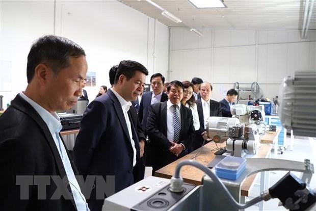 Les entreprises allemandes optimistes quant a la reprise economique a moyen terme du Vietnam hinh anh 1