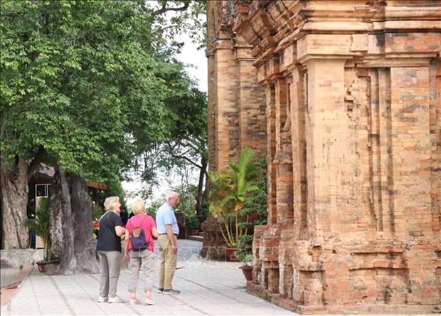 Lancement d'un programme de stimulation du tourisme a Khanh Hoa hinh anh 1