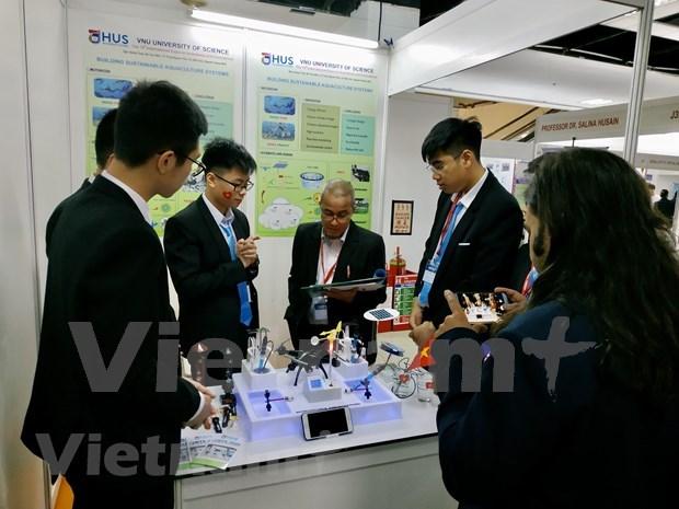 Des etudiants vietnamiens remportent le prix international de l'innovation en Malaisie hinh anh 2