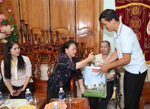 La presidente de l'AN exhorte Dak Nong a preter attention aux politiques religieuses hinh anh 2
