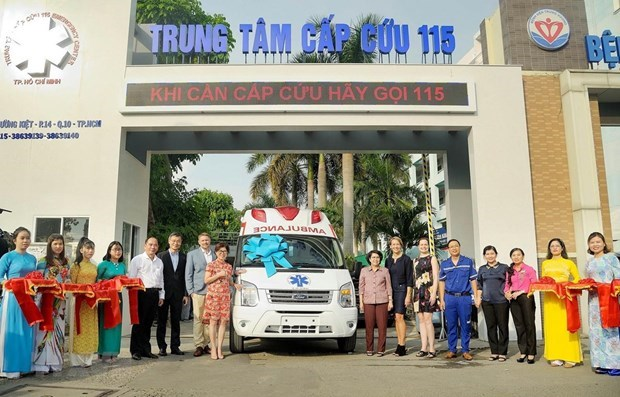 Des entreprises americaines presentent des fournitures medicales a Ho Chi Minh-Ville hinh anh 1