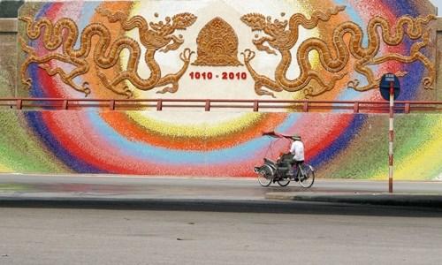 De nombreuses activites pour celebrer les 1010 ans de la fondation de Thang Long - Hanoi hinh anh 1