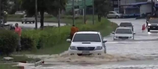 La tempete tropicale Noul touche 22 localites thailandaises hinh anh 1