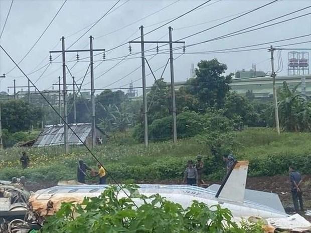 Douze morts dans le crash d'un avion militaire au Myanmar hinh anh 1