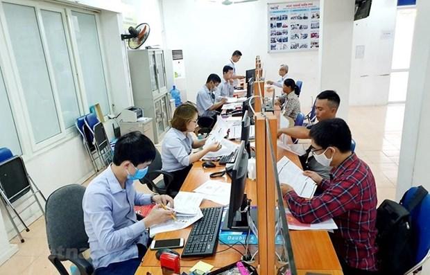 Travailleurs touches par la pandemie : plus de 370 milliards de dongs d'assurance-chomage verses hinh anh 1
