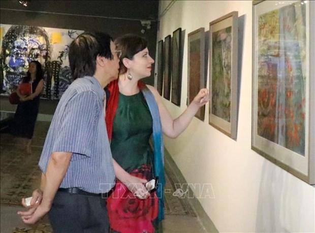 Exposition de peintures contemporaines hongro-vietnamienne hinh anh 1