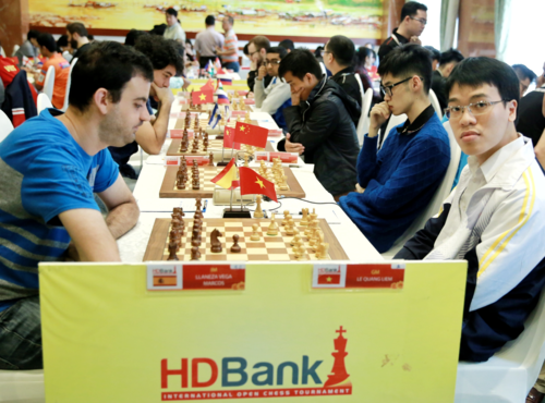 Le Tournoi international d'echecs HDBank 2019 attire plus de 300 joueurs hinh anh 1