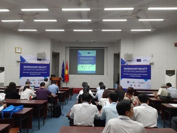 Colloque sur le transfert de technologies et de connaissances europeennes au Vietnam hinh anh 1
