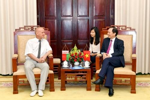 Vietnam – Bielorussie : Renforcer la cooperation entre les syndicats du secteur bancaire hinh anh 1