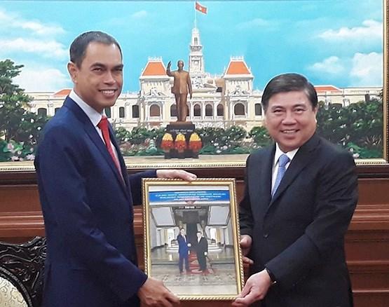 Ho Chi Minh-Ville salue l'attention d'investisseurs malaisiens pour ses projets de metro hinh anh 1