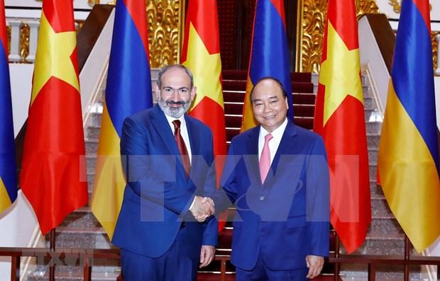 Le Premier ministre armenien termine sa visite officielle au Vietnam hinh anh 1