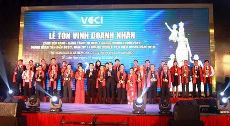 27 entreprises du delta du Mekong a l'honneur hinh anh 1