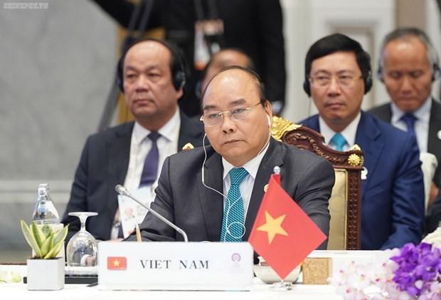 Le PM Nguyen Xuan Phuc participera au 35e Sommet de l'ASEAN en Thailande hinh anh 1