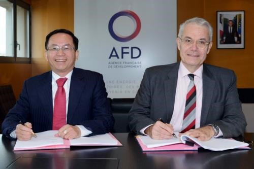 L'AFD fournit un pret non garanti de 24,2 millions d'euros pour la centrale solaire Se San 4 hinh anh 1