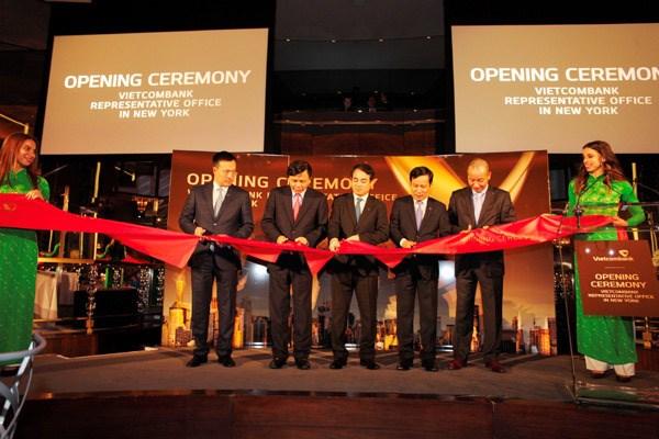 Vietcombank, premiere banque vietnamienne a ouvrir un bureau de representation aux Etats-Unis hinh anh 1
