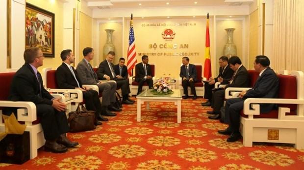 Vietnam et Etats-Unis cooperent contre le trafic transnational de drogues hinh anh 1