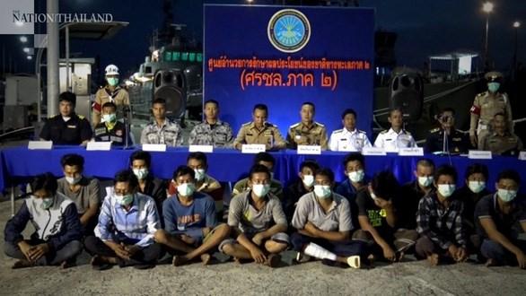COVID-19 : la Thailande procede a l'isolement 21 pecheurs vietnamiens hinh anh 1
