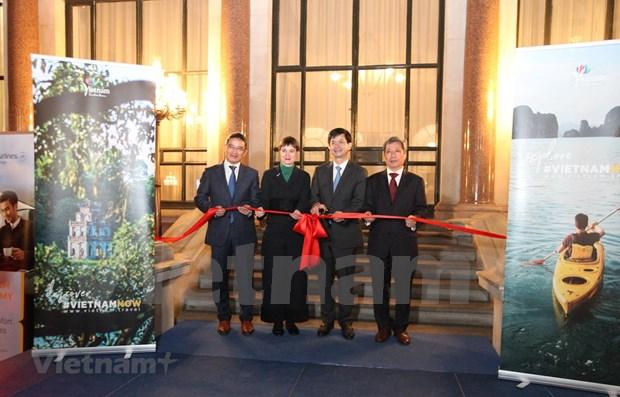 Ouverture du premier office du tourisme international du Vietnam au Royaume-Uni hinh anh 1