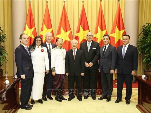 Le SG du Parti communiste et president Nguyen Phu Trong recoit de nouveaux ambassadeurs etrangers hinh anh 1