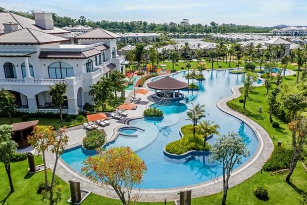 COVID-19 : Vietnam Airlines et Vinpearl offiront 5.000 forfaits vacances au personnel de sante hinh anh 1