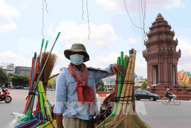 Le Cambodge prevoit une reduction du prix de l'electricite pour relancer l'economie hinh anh 1
