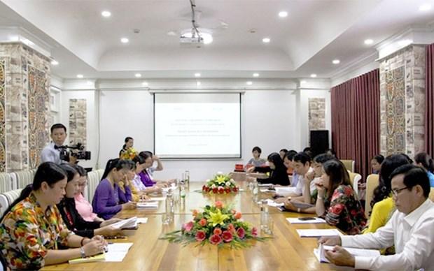 Discuter des politiques pour soutenir des migrantes de retour hinh anh 1