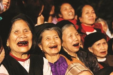 La beaute des dents laquees dans l'histoire vietnamienne hinh anh 1