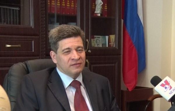 Un expert russe apprecie le Vietnam dans la recherche de solutions aux problemes de l'ASEAN hinh anh 1