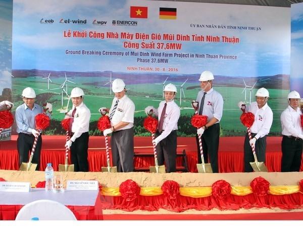 Les entreprises thailandaises s'interessent a la centrale eolienne de Ninh Thuan hinh anh 1