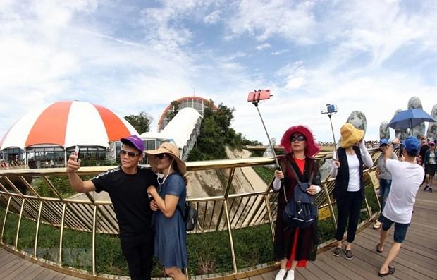 Da Nang souhaite accueillir 2,4 millions de touristes hinh anh 1