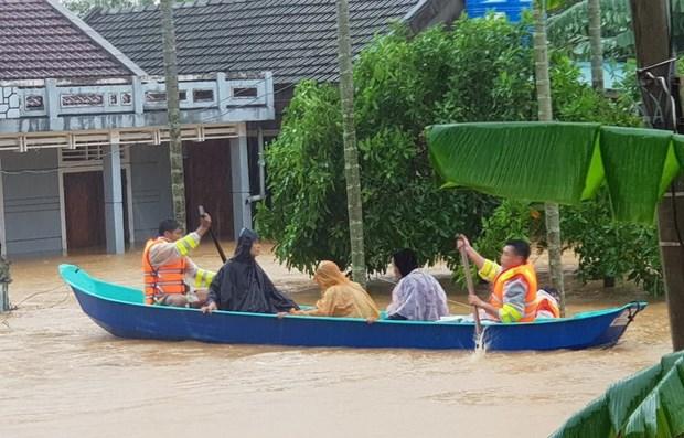 Lancement d'un mouvement de mobilisation de fonds pour soutenir les sinistres au Centre hinh anh 1
