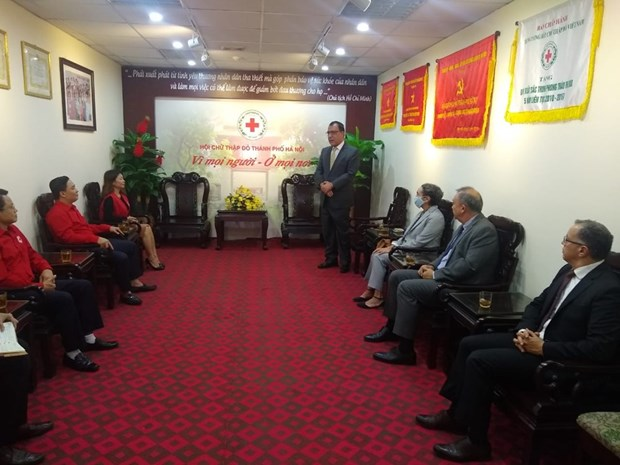 Les ambassadeurs des pays de l'Union du Pacifique soutiennent les sinistres du Centre hinh anh 1
