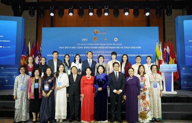 Le Sommet des femmes chefs d'entreprise de l'ASEAN et des entrepreneuses brillantes vietnamiennes hinh anh 1