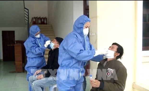 COVID-19 : un cas importe detecte et 14 patients annonces gueris lundi hinh anh 1