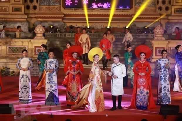 Il est temps d'inscrire l'ao dai sur la Liste du patrimoine culturel de l'humanite hinh anh 2