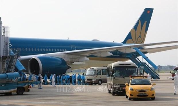 Reprise des vols internationaux vers les aeroports de Noi Bai et de Tan Son Nhat hinh anh 1