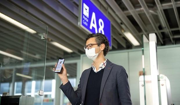 Vietnam Airlines applique officiellement a titre experimental le passeport sanitaire numerique hinh anh 2