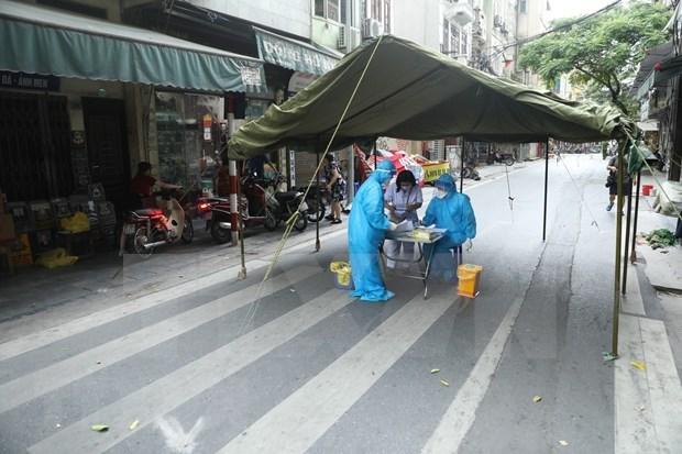 Hanoi renforce les tests de depistage du SARS-CoV-2 hinh anh 1