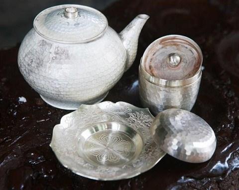 Le prestige de Dong Xam, le village de la sculpture en argent hinh anh 1
