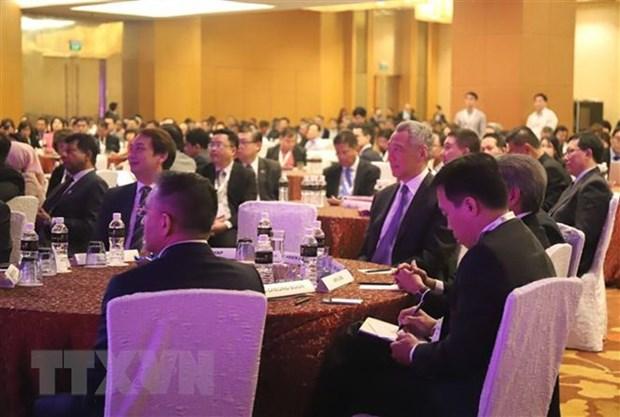 Sommet d'affaires et d'investissement de l'ASEAN 2018 a Singapour hinh anh 1