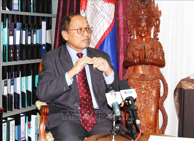 Le Cambodge affirme le developpement de ses relations avec le Vietnam hinh anh 1